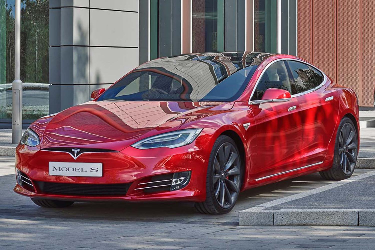 Tesla calls reliability survey 'statistically meaningless