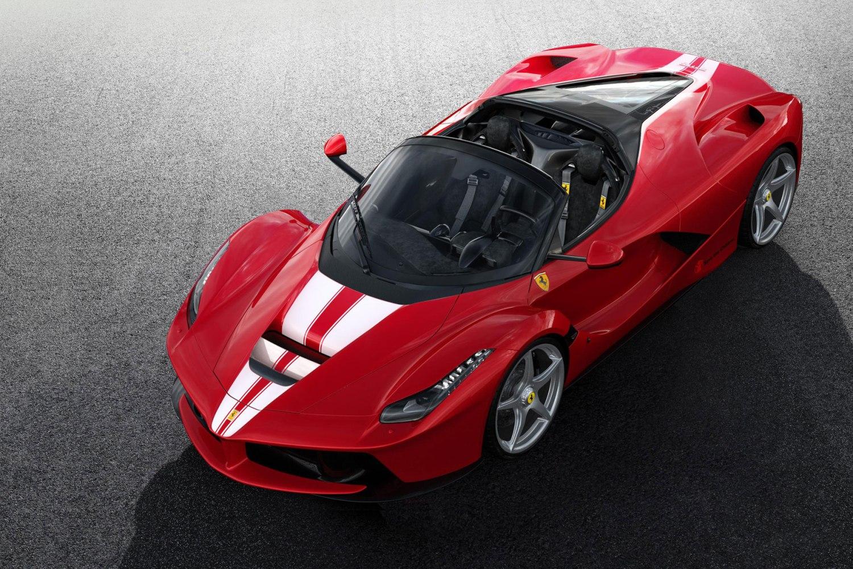 Ferrari LaFerrari Aperta – less than 3.0 seconds