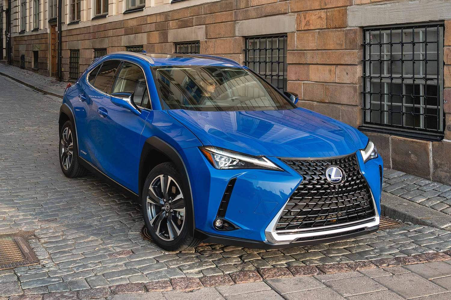 Lexus Ux Compact Suv Prices From Sub 30k Motoring Research
