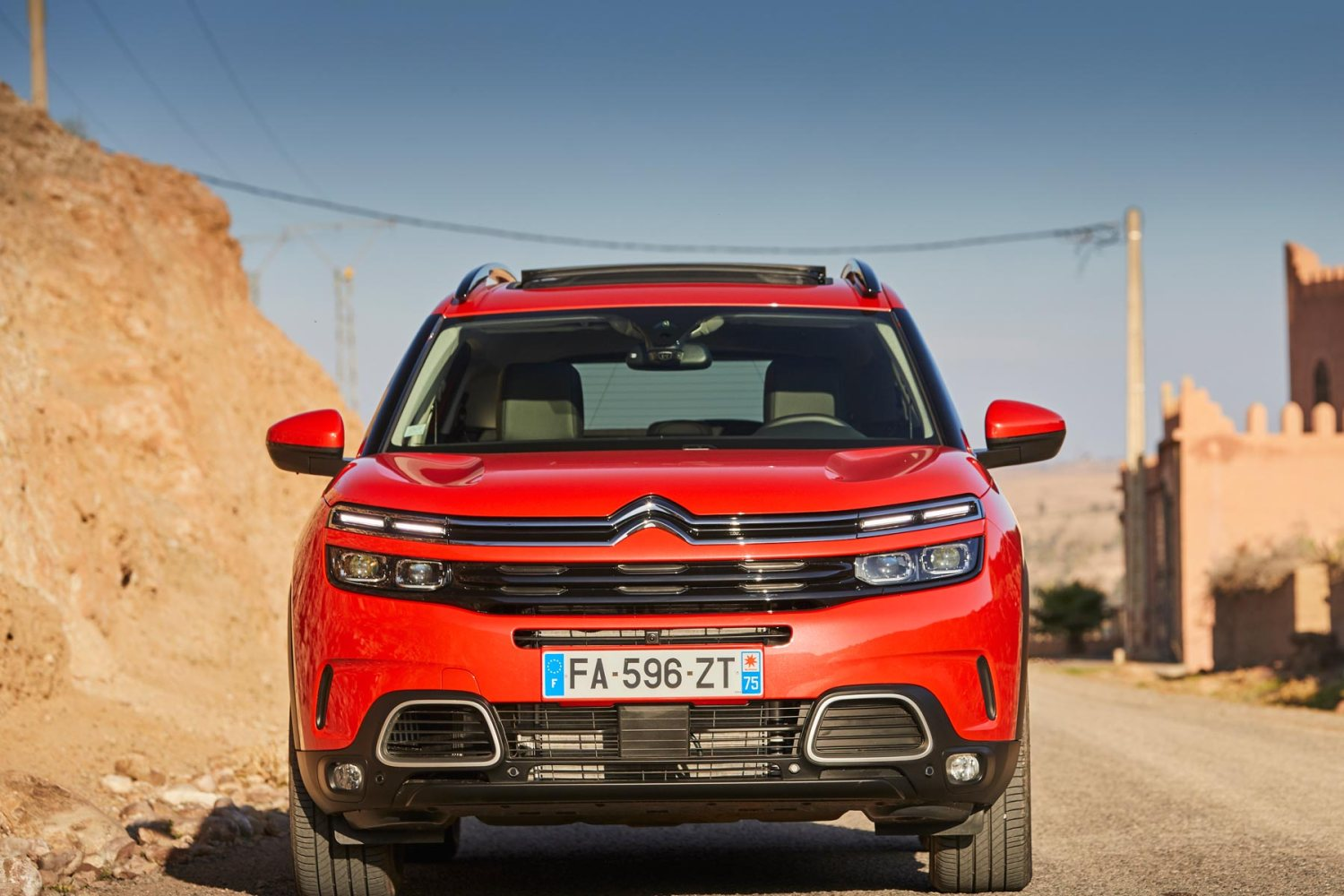 2019 citroen c5 aircross review quirky crossover plays the comfort card. Black Bedroom Furniture Sets. Home Design Ideas