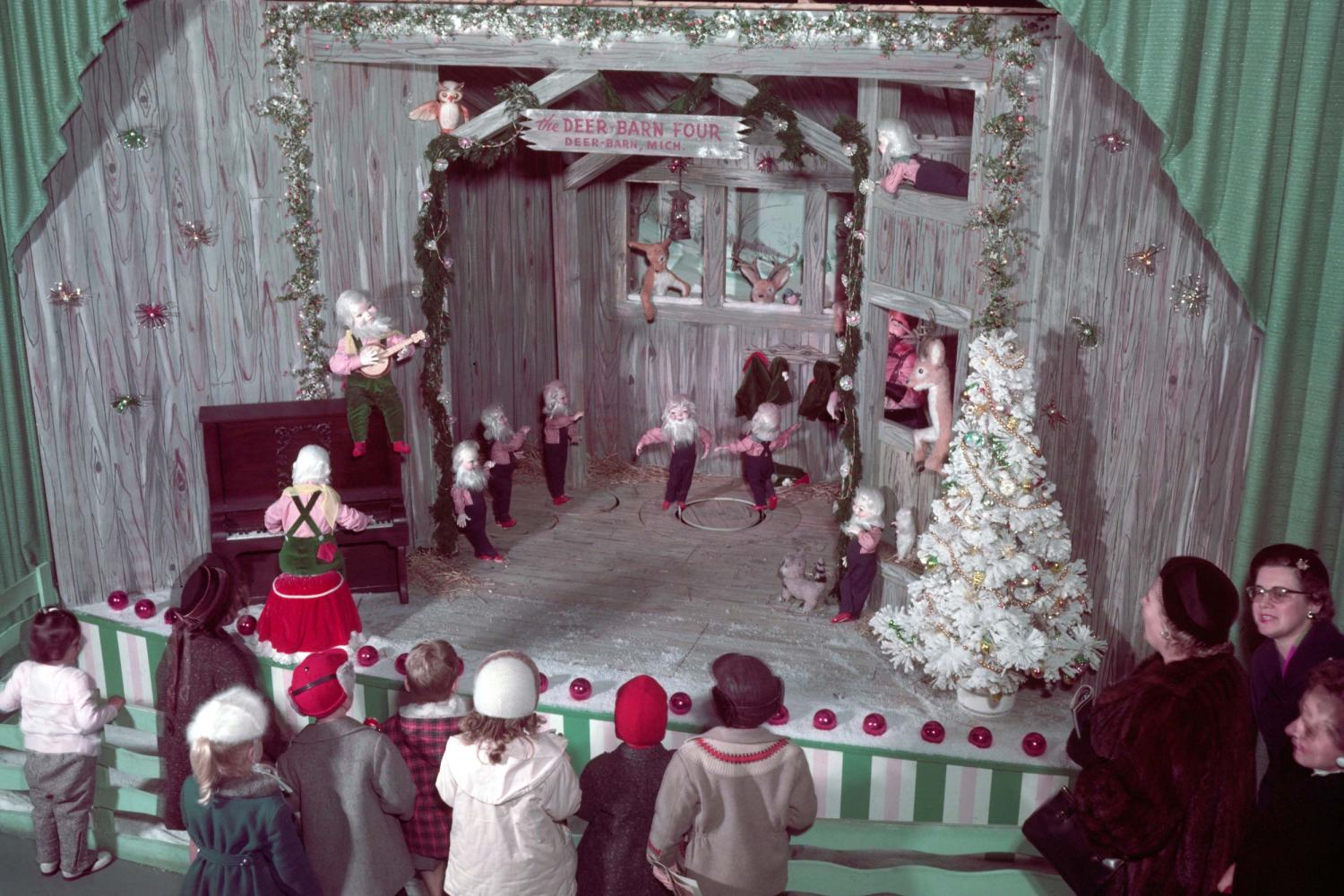 1957 Ford Rotunda Christmas Deer-Barn Four