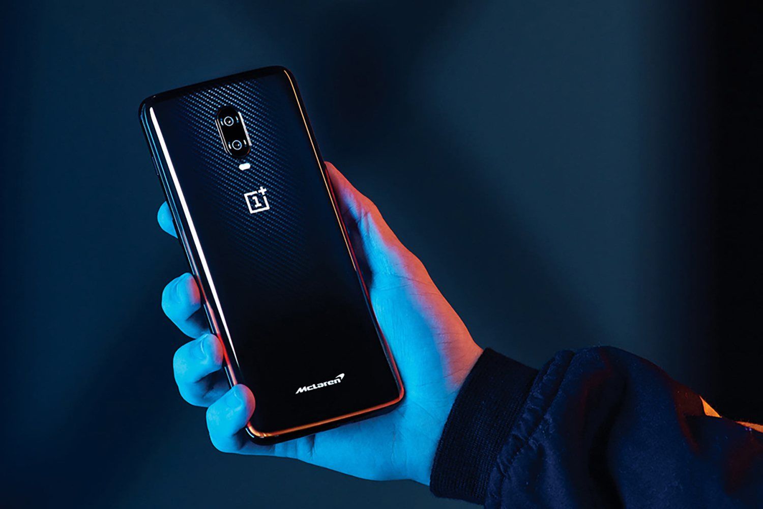 mclaren launches special edition oneplus 6t smartphone. Black Bedroom Furniture Sets. Home Design Ideas