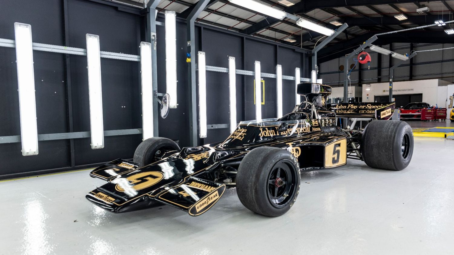 Classic Team Lotus loaned an interesting addition for #MerryDriftmas filming, an iconic Lotus 72
