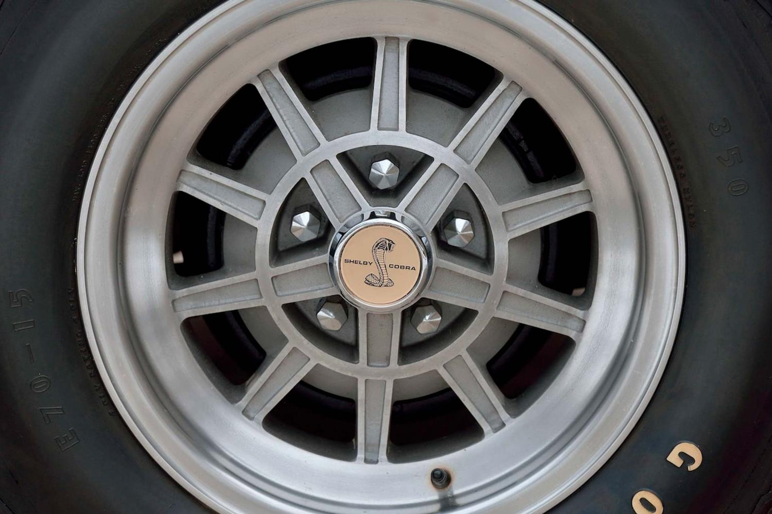 1967 Mustang Shelby GT500 wheels