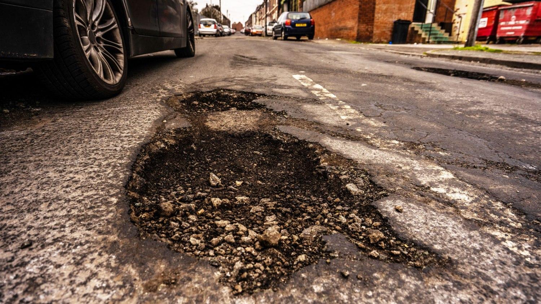 pothole uk