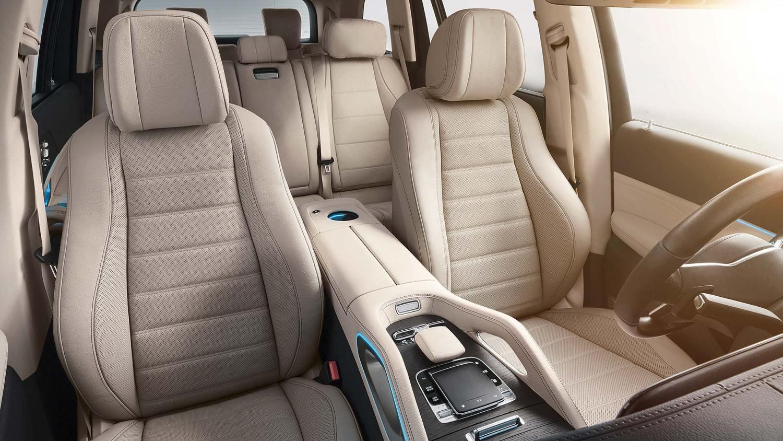 06 Mercedes-Benz GLS NYIAS