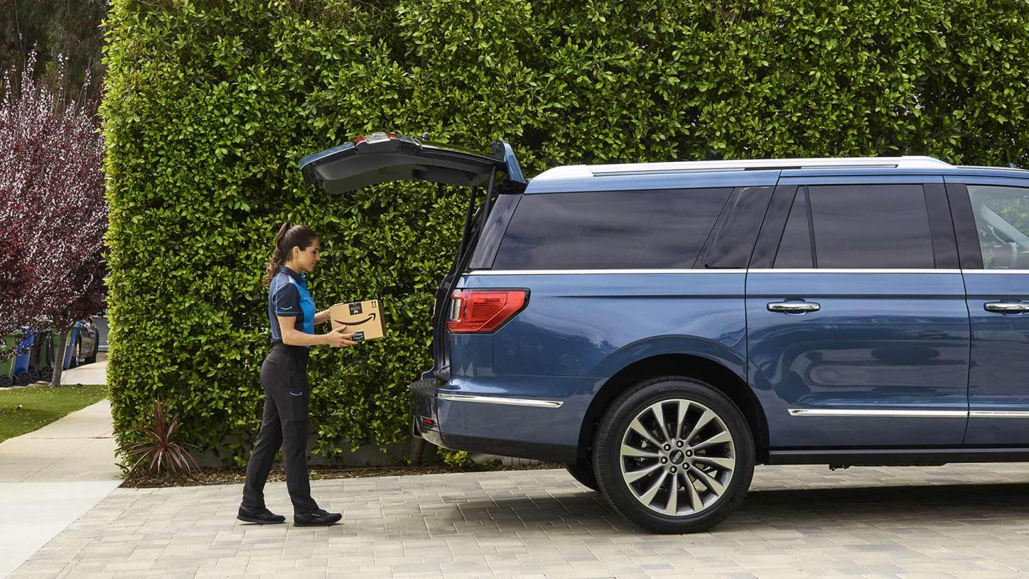 Ford and Amazon Key In Car Delivery