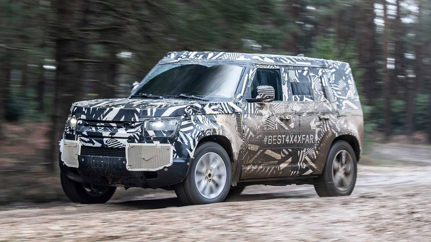 Land Rover Defender 2020 testing off-road