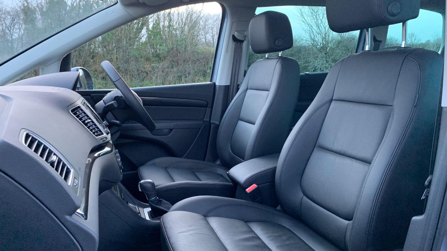 Seat Alhambra front seats