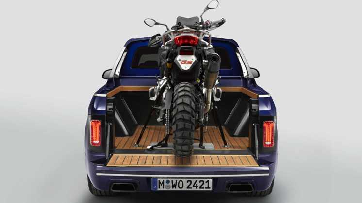 06_BMW_X7_Pick-up