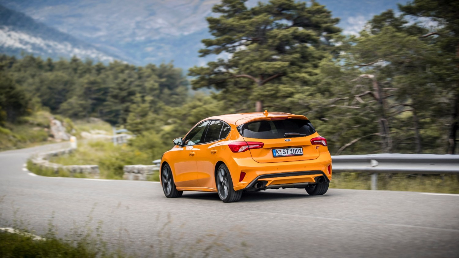 2019 Ford Focus St Review The Future S Bright Motoring Research