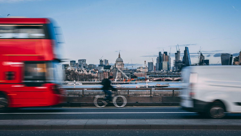 Do bicycles need indicators?