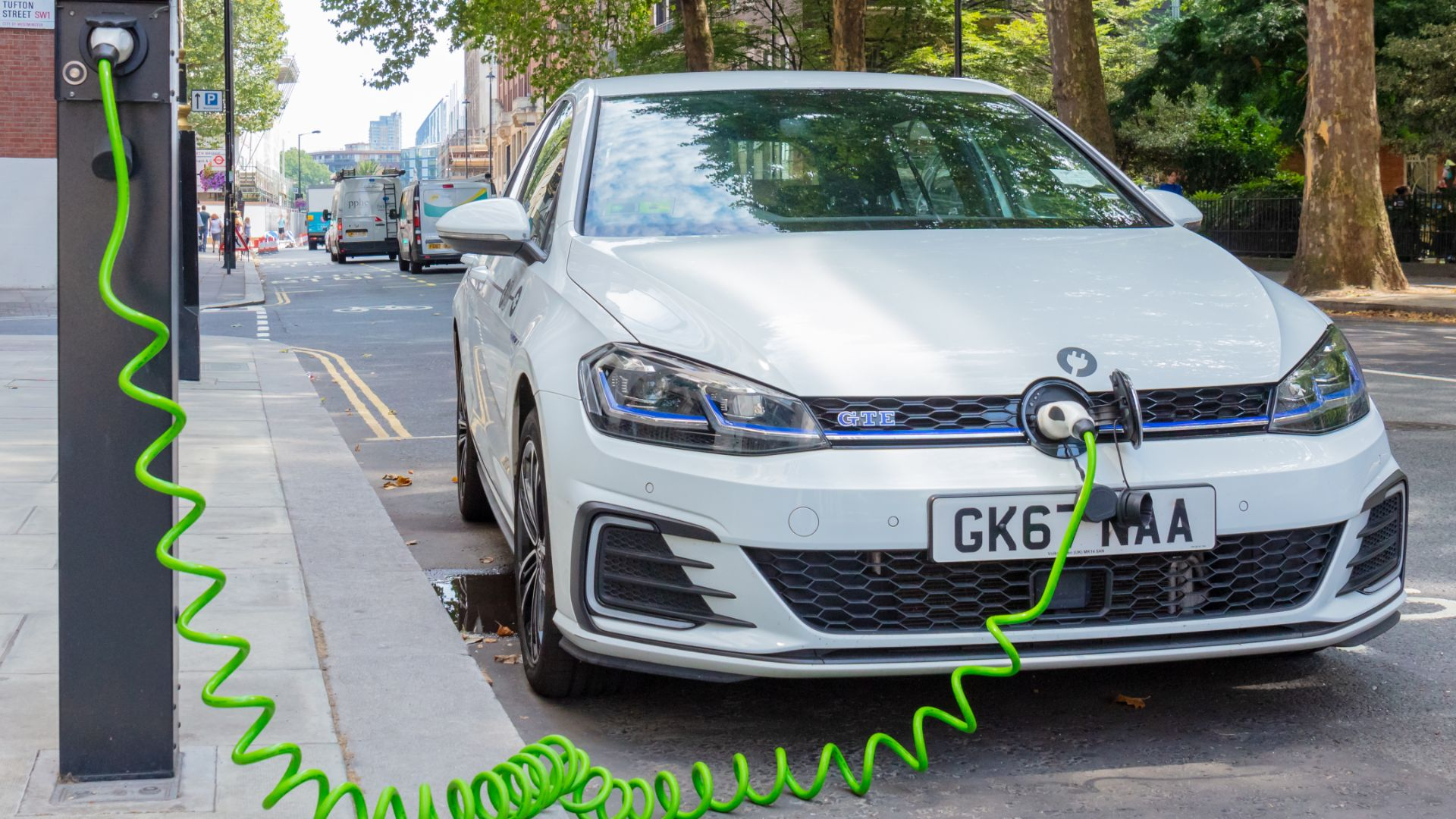 The UK's best and worst cities for charging an electric car