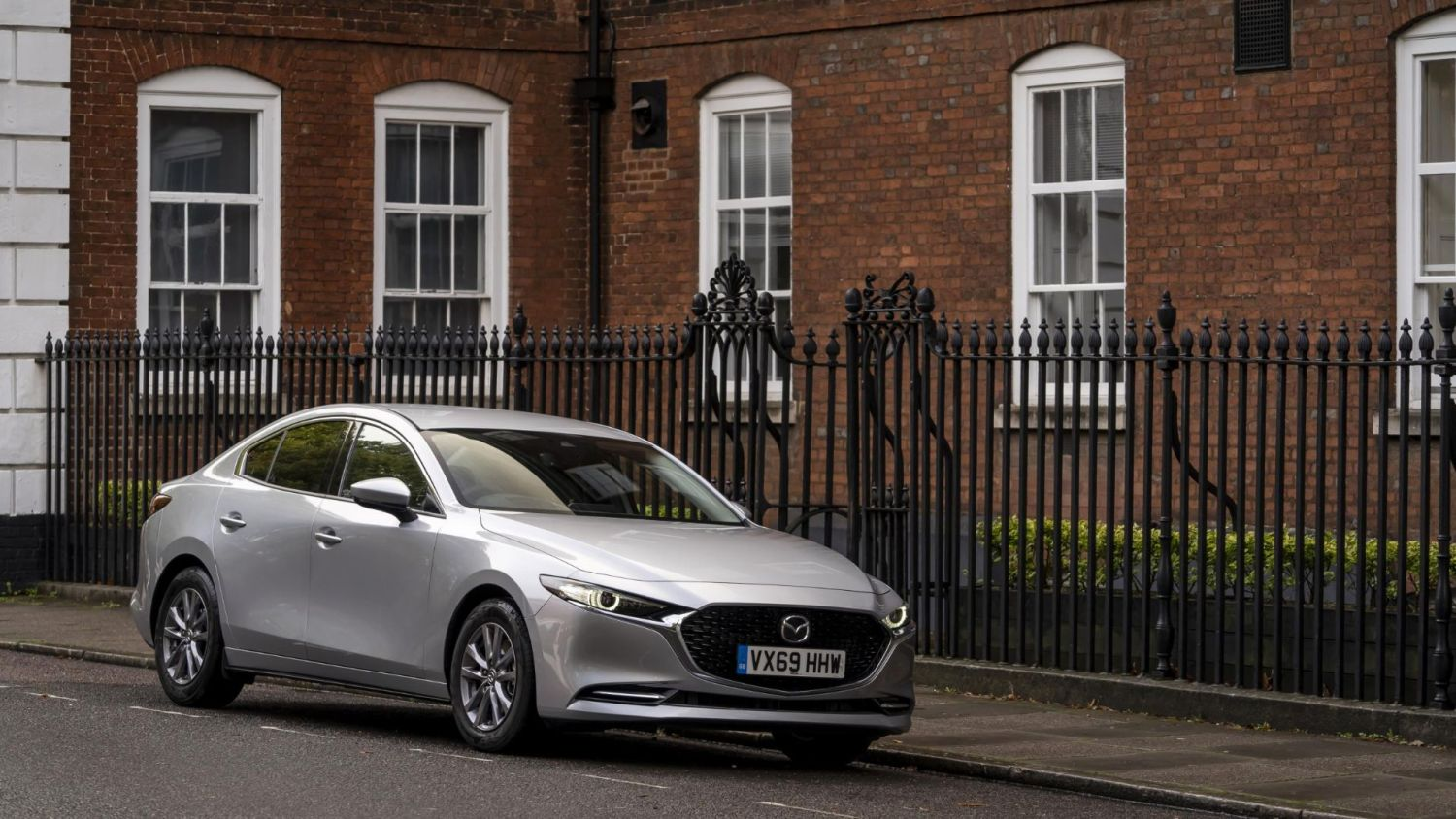 Save £6,000 in scrappage on a new Mazda