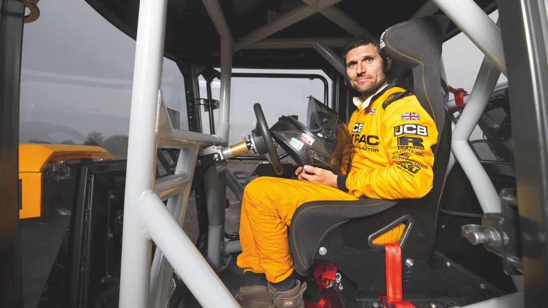 Guy Martin JCB World's Fastest Tractor