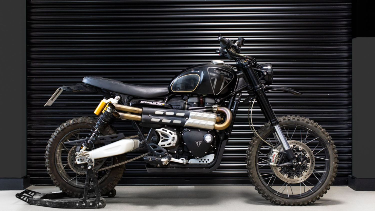 Triumph Tiger And Scrambler Star In No Time To Die Bond Movie