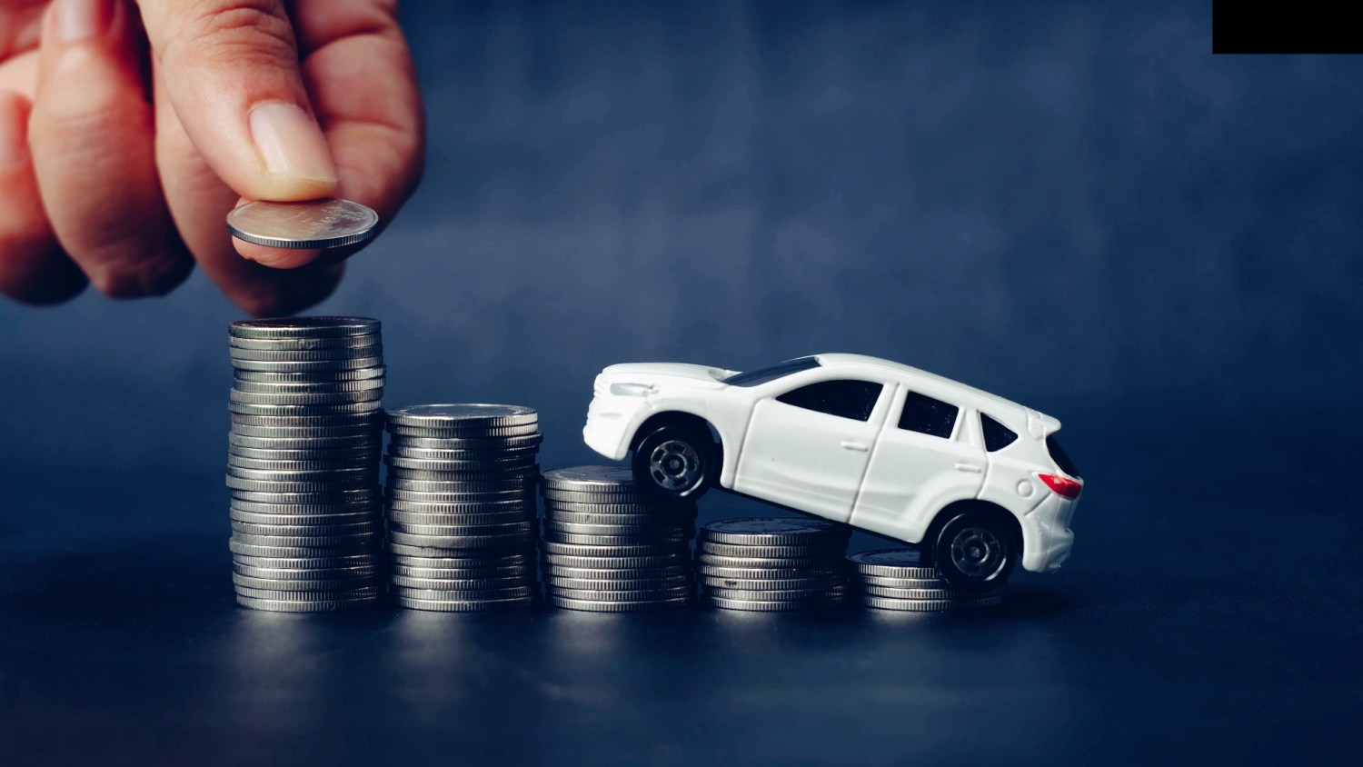 When to renew on car insurance to save money