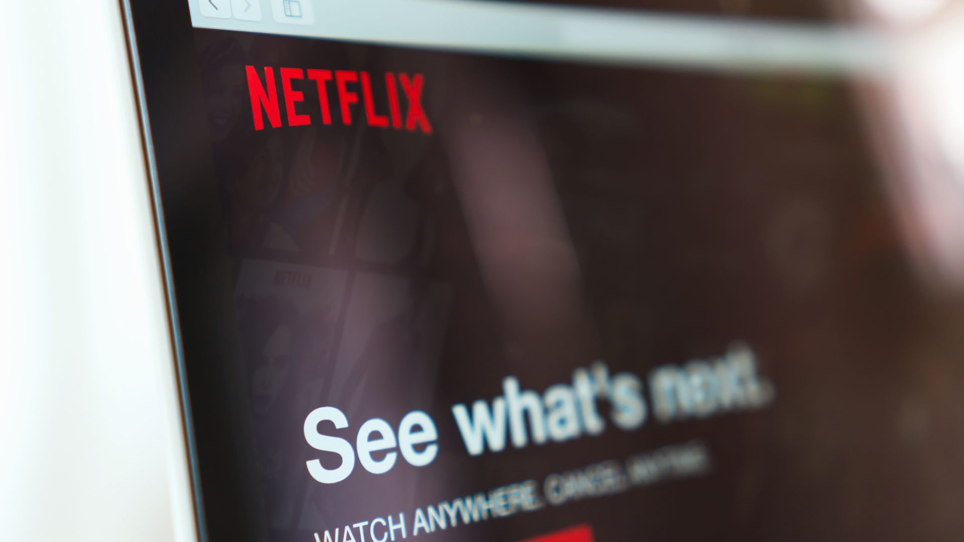 Two-hour Netflix binge worse for emissions than 15 miles of driving