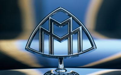 The Maybach Motorenbau hood ornament.