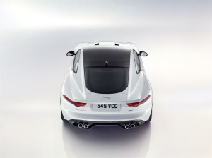 Jag_F-TYPE_R_Coup__Polaris_Image_201113_17_LowRes