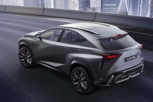 nuovi-video-ed-immagini-di-lexus-rc-e-del-concept-lf-nx-lexus_lf-nx_turbo_city_static_3qback