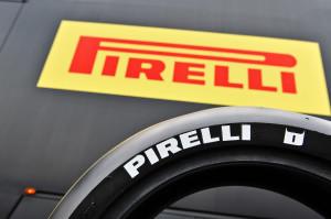 pirelli-illustra-le-modalita-della-fornitura-pneumatici-per-la-stagione-2014-del-campionato-mondiale-eni-fim-superbike-0109_p14_pirelli_ambience