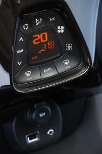 nuova-peugeot-108-tecnologia-e-personalizzazione-108_1406presstestdrive_160