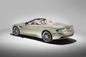 le-aston-martin-personalizzate-da-q-in-mostra-a-pebble-beach-db9-rear-3-4-roof-down