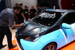 031014toy_Toyota-art-car-Paris-motor-show-4