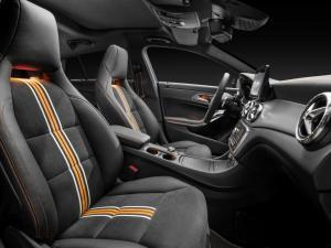 CLA_Shooting_Brake_Mercedes-Benz_(12)