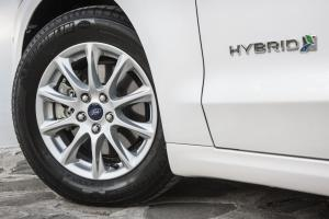 FordMondeo-Hybrid_23