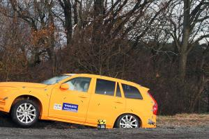 154844_Volvo_XC90_crash_test