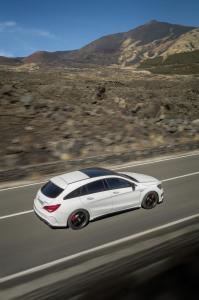 Nuova_CLA_45_AMG_Shooting_Brake_Mercedes-Benz_(8)