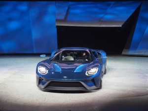 108594_Ford_GT_1