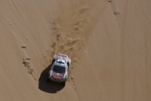Stephane Peterhansel, Jean Paul Cottret perform during the 4th stage of Rally Dakar 2015 from Chilecito, Argentina to Copiapo, Chile, on January 7th, 2015  Peugeot returns to Dakar 2015  // François Flamand/ DPPI/ Red Bull Content Pool // P-20150109-00249 // Usage for editorial use only // Please go to www.redbullcontentpool.com for further information. //