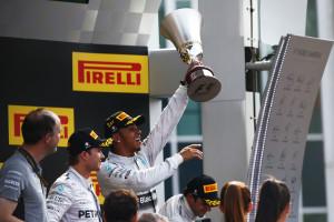 Lewis Hamilton Mercedes AMG_02