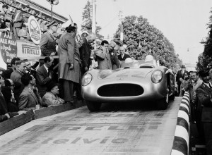 Stirling_Moss_and_Denis_Jenkinson_in_Brescia_at_the_start_of_the_1955_Mille_Miglia