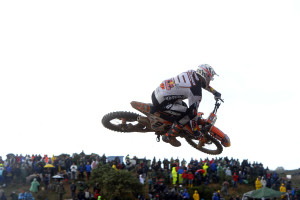 iniziano-in-sardegna-gli-internazionali-ditalia-di-motocross-pirelli-vince-con-cairoli-e-jonass-021_int1_dedycker_action