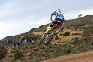 iniziano-in-sardegna-gli-internazionali-ditalia-di-motocross-pirelli-vince-con-cairoli-e-jonass-035_int1_cairoli_action