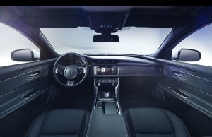 jag_new_xf_s_interior_image_180315_02_LowRes