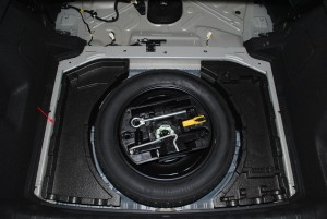 trunk - filler part for wheel