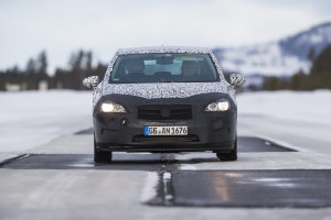 Opel-Astra-Camouflage-295036