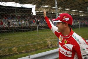 150101_news_Vettel_Budapest_Frd