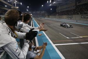 Mercedes-Benz_in_the_2014_Formula_1_season_(11)