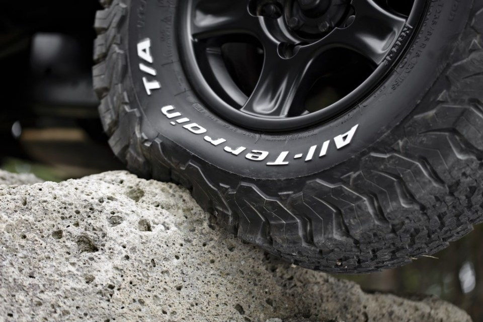 _.._albums_PRESS_02_PNEUS-TYRES_VOITURES-CARS_IAA-SALON-DE-FRANCFORT-2015_BFGoodrich-KO2_BF-ALL-TERRAIN-KO2-0042