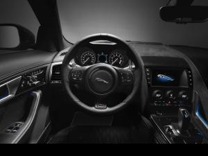 177409_Jag_FTYPE_SVR_Coupe_Studio_Interior_170216_42_(126555)