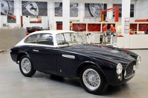 160180-car-Ferrari-225E