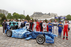 Celebrating Earth Day with the Formula E Drivers. Paris e-Prix, Paris, France, Europe. Friday 22 April 2016 Photo: Adam Warner /LAT/FE ref: Digital Image _L5R6641