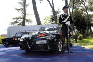 160505_Alfa-Romeo_Consegna-Giulia-Carabinieri_05