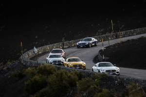 Mercedes-AMG_GT_Grand_Tour(11)